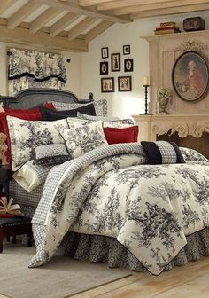 Toile Bedding, Toile Comforters & Bed Sets in Black & White, Red, Blue and Green Toile de Jouy: The Home Decorating Company guest room French Country Bedrooms, French Country House, French Country Bedding, French Cottage, French Bedding, French Country Interiors, French Colonial, Country Quilts, Country Curtains