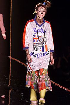John Galliano Fall 2000 Ready-to-Wear - Collection - Gallery - Style.com