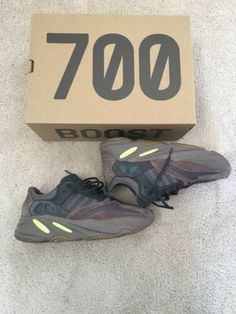 68fcc37cd ADIDAS YEEZY BOOST 700 WAVE RUNNER MAUVE EE9614 SIZE 10 100%