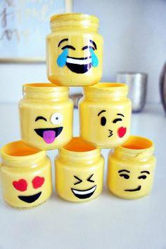crafts in a jar for kids crafts in a jar - crafts in a jar for kids - crafts in a jar gift - crafts in a jar diy - mason jar crafts - garden crafts - jar crafts - harry potter crafts Kids Crafts, Fun Crafts For Teens, Baby Food Jar Crafts, Baby Food Jars, Summer Crafts, Cute Crafts, Easy Crafts, Craft Projects, Summer Diy