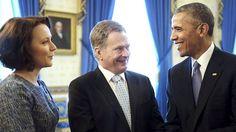 Hymyä riitti presidenttien kohtaamisessa myös virallisten puheiden jälkeen.