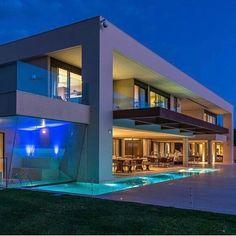 "9,554 Likes, 213 Comments - Revista Formas (@revistaformas) on Instagram: ""Arquitetura por Chris Brasil foto Rafael Palazzio Guimarães  Londrina   PR _  #decor #decoracao…"""