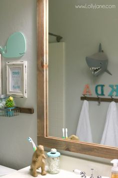 Guest/Robbie Bathroom Ideas on Pinterest  Kid Bathrooms, Bathroom ...