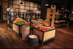 Artisan house grocery display