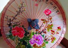 Travels with Kylie: My very own handmade Hakka Oil Paper Umbrella