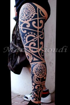 -16th Ball Tattoo Shop- Polinesiano tribal tattoo by Marco Biondi.
