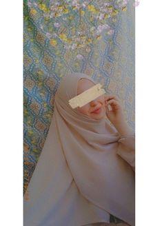 Ootd Hijab, Hijab Outfit, Muslim Fashion, Modest Fashion, Beauty Tips For Skin, Beauty Hacks, Hijab Fashion Inspiration, Style Inspiration, Sabrina Carpenter Outfits