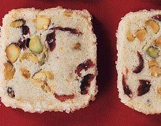 Pistachio Cranberry Icebox Cookies / Romulo Yanes