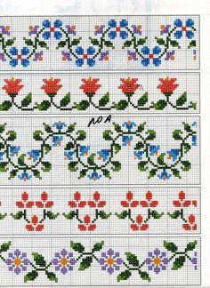 En este blog nos encanta el punto de cruz y estas son algunas cenefas que hemos encontrado, son cenefas que en el motivo principal son flor...