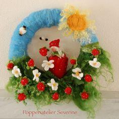 waldorf strawberry wreath... oh dear <3