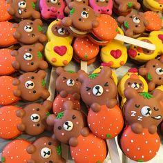 Macarons, Macaron Cookies, Macaron Recipe, Japanese Candy, Japanese Sweets, Kawaii Cookies, Cute Bakery, Kawaii Dessert, Cute Desserts