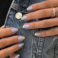 30 Stylish Short Gel Nail Designs 30 stilvolle kurze Gel-Nageldesigns The post 30 stilvolle kurze Gel-Nageldesigns & Nails appeared first on Nails . Cute Acrylic Nails, Cute Nails, Pretty Nails, Fancy Nails, Diy Nails, Swag Nails, Manicure Ideas, Neon Nails, Yellow Nails