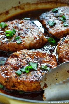 Baked Korean-Style Pork Chops ~ Get dinner ready in a snap with this easy recipe. Serve with a side of rice and steamed veggies for a delicious meal everyone will love. Pork Chop Recipes, Meat Recipes, Asian Recipes, Dinner Recipes, Cooking Recipes, Recipies, Korean Pork Chop Recipe, Cooking Games, Cake Recipes