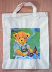 niedliche Bärentasche  http://bastelzwerg.eu/lustige-Baumwolltasche-Baer-beim-Picknik?source=2&refertype=1&referid=59