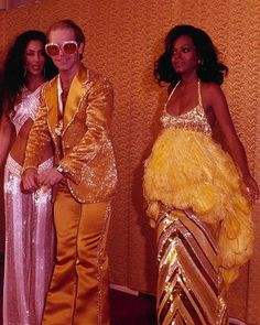Fashion disco studio 54 glam rock for can find Glam rock and more on our website.Fashion disco studio 54 glam rock for 2019 Outfit Essentials, Pastel Outfit, Rock Chic, 70s Glam Rock, 70s Fashion, Vintage Fashion, Studio 54 Fashion, Fashion Dresses, 1970s Disco Fashion