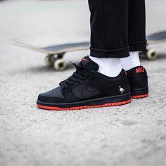 Jeff Staple x Nike Dunk Low Pro SB