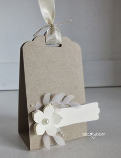 Inspiriert durch meine Gastgeschenke  vom letzten Stempeltreff, habe ich die kleinen Goodies noch als Tischkarten für eine Hochzeit umdesig...