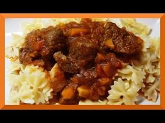 Gulasch Rezept im Tupperware UltraPro - YouTube Tupperware Ultra Pro, Food And Drink, Cooking Recipes, Beef, Ethnic Recipes, Youtube, Patriotic Party, Scentsy, Zipper Pouch