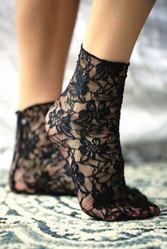 Stance Womens Cross My Heart Lace Sock