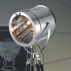 Tripod Vintage Studiolampe Industrial Living #IndustrialStyle, #Lampen, #Tripod, #interiors, #Industrial