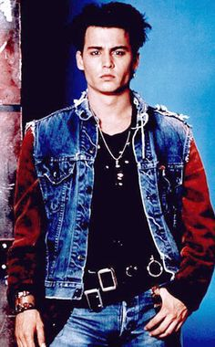 JOHNNY DEPP: MOVIE STAR! 21 JUMP STREET* * Yes, this is a TV show. But doesn't he look like a movie star? Fox