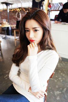 Korean make up look