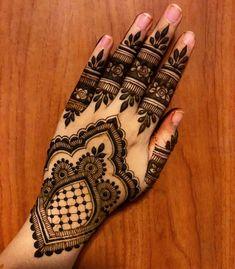 Late Night Inspiration! Gonna try my best to let it stay over night! --- For bookings & enquiries: www.khairhenna.com Whatsapp: +65 9073 7296 --- #henna #hennainspire #hennaart #bridalsg #hennasg #sghenna #kahwin #inaisg #bodyart #singapore #hennadesigns #mehndi #mehndiart #kahwinsingapura #dulhan #hennafeatures #inai #hennalookbook #weddingsg #inspire #7enna #hennavideos #lookamillion #hudabeauty #hennavideo #henna_i #khairhenna #khairhennapowder #KHAIRHENNACONES