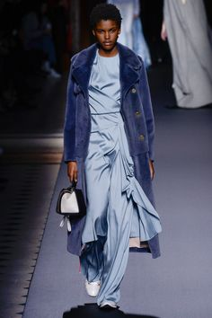Vionnet Fall 2016 Ready-to-Wear Fashion Show  http://www.theclosetfeminist.ca/  http://www.vogue.com/fashion-shows/fall-2016-ready-to-wear/vionnet/slideshow/collection#30