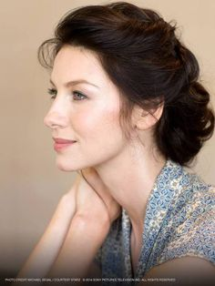 Beautiful Caitriona Balfe as Claire in Outlander