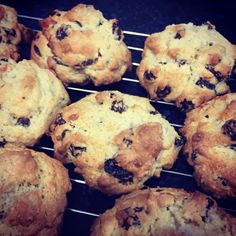 the BEST rock cakes I've ever had - my nan's recipe