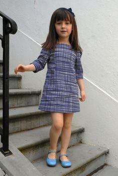 Fabric Room: Experimental research Figgys Sunki pattern, Lotta Jansdotter fabric Girls Frock Design, Baby Dress Design, Baby Frocks Designs, Kids Frocks Design, Kids Dress Wear, Little Girl Dresses, Dress Girl, Little Girl Fashion, Fashion Kids