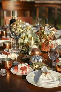Beautiful Fall Tablescape #fall #table #autumn #thanksgiving #party #dinner