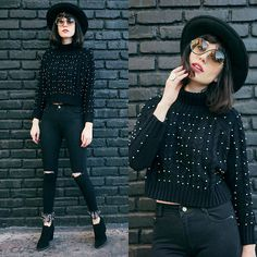 Get this look: http://lb.nu/look/8139051  More looks by Amy Roiland: http://lb.nu/afashionnerd  Items in this look:  Floating Style Sweater   #retro #romantic #vintage
