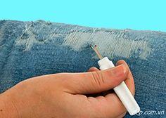 дырявые джинсы, потертые джинсы