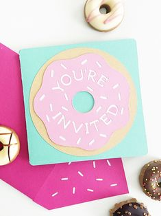 Easy DIY Donut Invitations you can make for your next birthday party with a template for your Cricut by Pineapple Paper Co. Bff Birthday Gift, Birthday Party For Teens, Happy Birthday Wishes, Friend Birthday, Birthday Party Themes, Easy Diy Birthday Cards, Birthday Banners, Farm Birthday, 13th Birthday