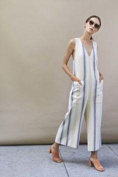 Aleatórios fashion: Macacão Listrado.