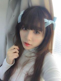 momochan is unhappy nerd girl! Gothic Lolita, Nerd, Kawaii, Classic, Cute, Asian Beauty, Sweet, Derby, Candy