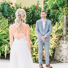 Couple: Stephanie  Chase Planning: @celebrations_ltd Design decor & production: @celebrations_ltd PC: @jenna.leigh.photography Florals: @celebrations_ltd  Venue: @seafireresort . . . . .