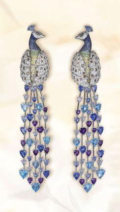A whimsical pair of peacock earrings – #diamond, alexandrite and #sapphire
