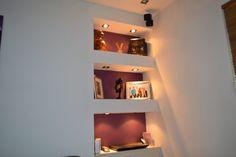 Risultati immagini per plasterboard shelves Alcove Shelving, Plasterboard, Doorway, New Kitchen, Home Interior Design, Cupboard, Floating Shelves, Wall Lights, Shelf Ideas