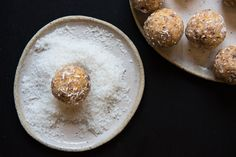 Quick and Easy Apricot Bliss Balls. Perfect for snacks and school lunches. Free from gluten, dairy, grains, nuts, eggs and refined sugar. Raw Food Recipes, Snack Recipes, My Favorite Food, Favorite Recipes, Sugar Free Treats, Bliss Balls, Gluten Free Snacks, Healthy Sweets, Frozen Treats