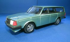 Stahlberg made plastic promotional models of Volvos and Saabs of Sweden, but the models were made in Finland.  They were of larger scale and more American in promotional model style.