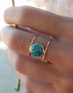 Turquoise Ring * Gold Ring * Statement Ring * Gemstone Ring * Copper Turquoise Ring * Natural * Organic Ring * ByCila * Blue Ring * - Beautiful double thin band ring in gold vermeil. The center stone cut in a circle is the turquoise - Jewelry Rings, Jewelery, Silver Jewelry, Jewelry Accessories, Jewelry Design, Silver Rings, Yoga Jewelry, Glass Jewelry, Jewelry Model