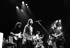 Dead Pictures, Dead Pics, Missing Man Formation, Grateful Dead Shows, John Perry Barlow, Phil Lesh And Friends, Mickey Hart, Jerry Garcia Band