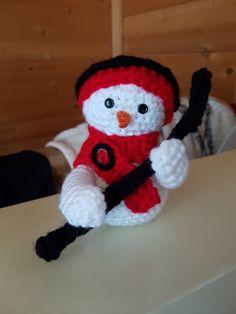 Mario, Crochet, Fictional Characters, Crochet Hooks, Crocheting, Thread Crochet, Fantasy Characters, Hooks, Quilting