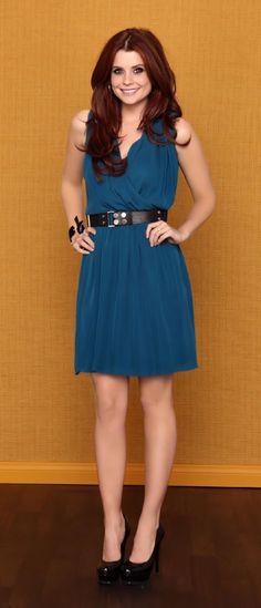 JoAnna Garcia as Grace Hart (Sophia Bieber Foster's best friend, Brad Harris' girlfriend)