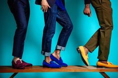 #FlashbackFriday Showcasing the DARA Men's Turin Velvet Slippers in Royal Blue and Mustard Yellow as well as the Milan Velvet Slippers in Purple Skin. We had a ton of fun during this photoshoot!! ☺️