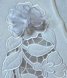Wild Rose Cutwork Lace on a Knit Sweater - Advanced Embroidery Designs Advanced Embroidery, Sewing Machine Embroidery, Cutwork Embroidery, Embroidery Shop, Hand Embroidery Tutorial, Learn Embroidery, Free Machine Embroidery Designs, Flower Embroidery, Embroidery Techniques
