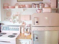 Desejo do dia: cozinha retrô em tons pastel, fofa! ♥