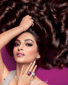 sonam kapoor awesome hair in loreal ad